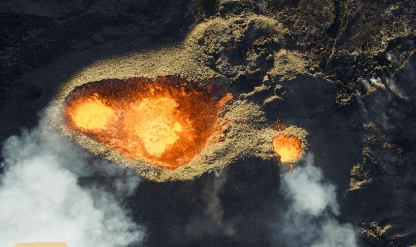 Piton-de-la-fournaise-Volcano-by-Jonathan-Payet